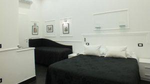 Rome Central Inn camera con un letto matrimoniale e un singolo
