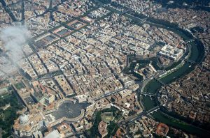 ciità Roma vista dall'alto, il vaticano e il tevere